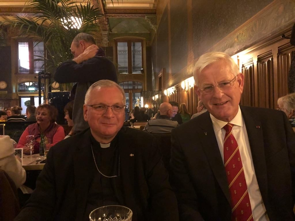 AMI President Matthieu Borsboom welcomes Msgr. Freistetter at the National Maritime Museum. Bisides Vice President Frank Marcus and Liaison Officer Nelleke Swinkels were present in Amsterdam. During the meeting they discussed the results of the AMI Conference in Croatia and Msgr.